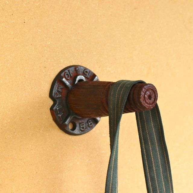 Pin Cobb Wall Hook