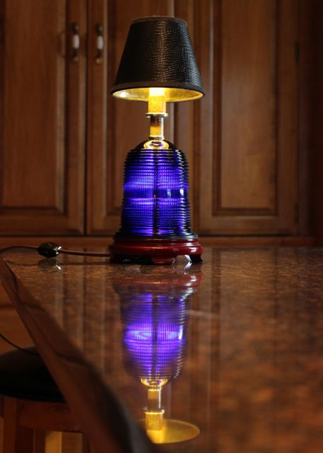 Ruway Light Table Lamp - LED