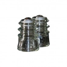 insulator-salt-pepper-shaker-1