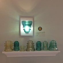Lightopia_LED_ Sconce_Insulatorlight_Display